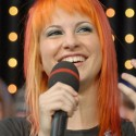 thumbs 0610 hayley williams paramore at mtv trl studios