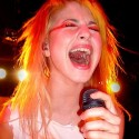 hayley_williams_4_by_aburdeninyourhand.jpg