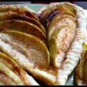 thumbs heart apple galette