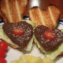 thumbs heart burgers
