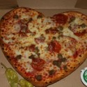 thumbs heart pizza 1