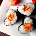 thumbs heart sushi