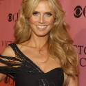 thumbs heidiklum 37
