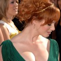 thumbs christina hendricks 1115054
