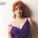 thumbs christina hendricks p6