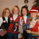 thumbs xmas sweater 29