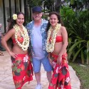 thumbs hula girls 1