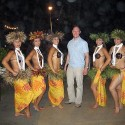 thumbs hula girls 51