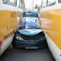 idiot-driver-crashes-14.jpg
