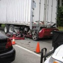 idiot-driver-crashes-23.jpg