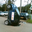 idiot-driver-crashes-29.jpg