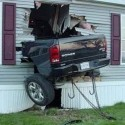 idiot-driver-crashes-4.jpg