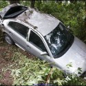 idiot-driver-crashes-6.jpg