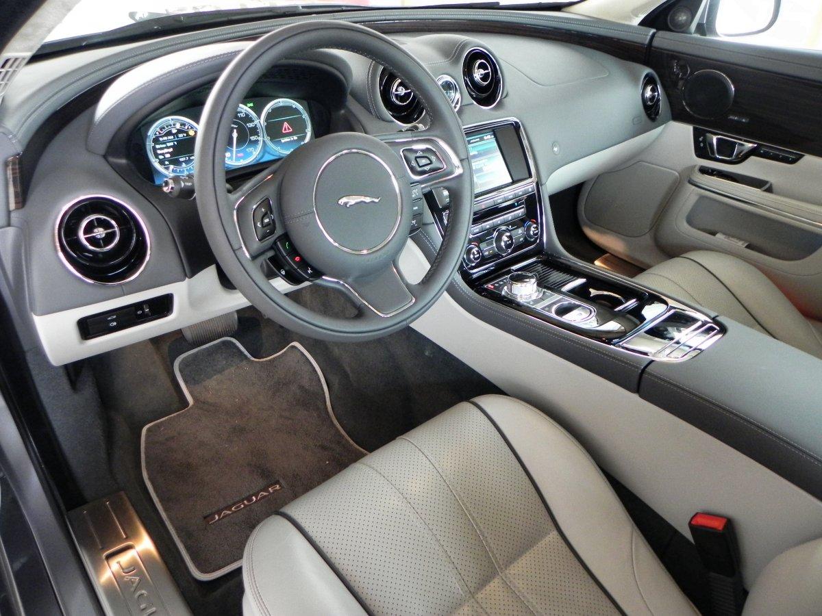 Thumbs 2015 Jaguar Xjl Interior 5 Aoa1200px