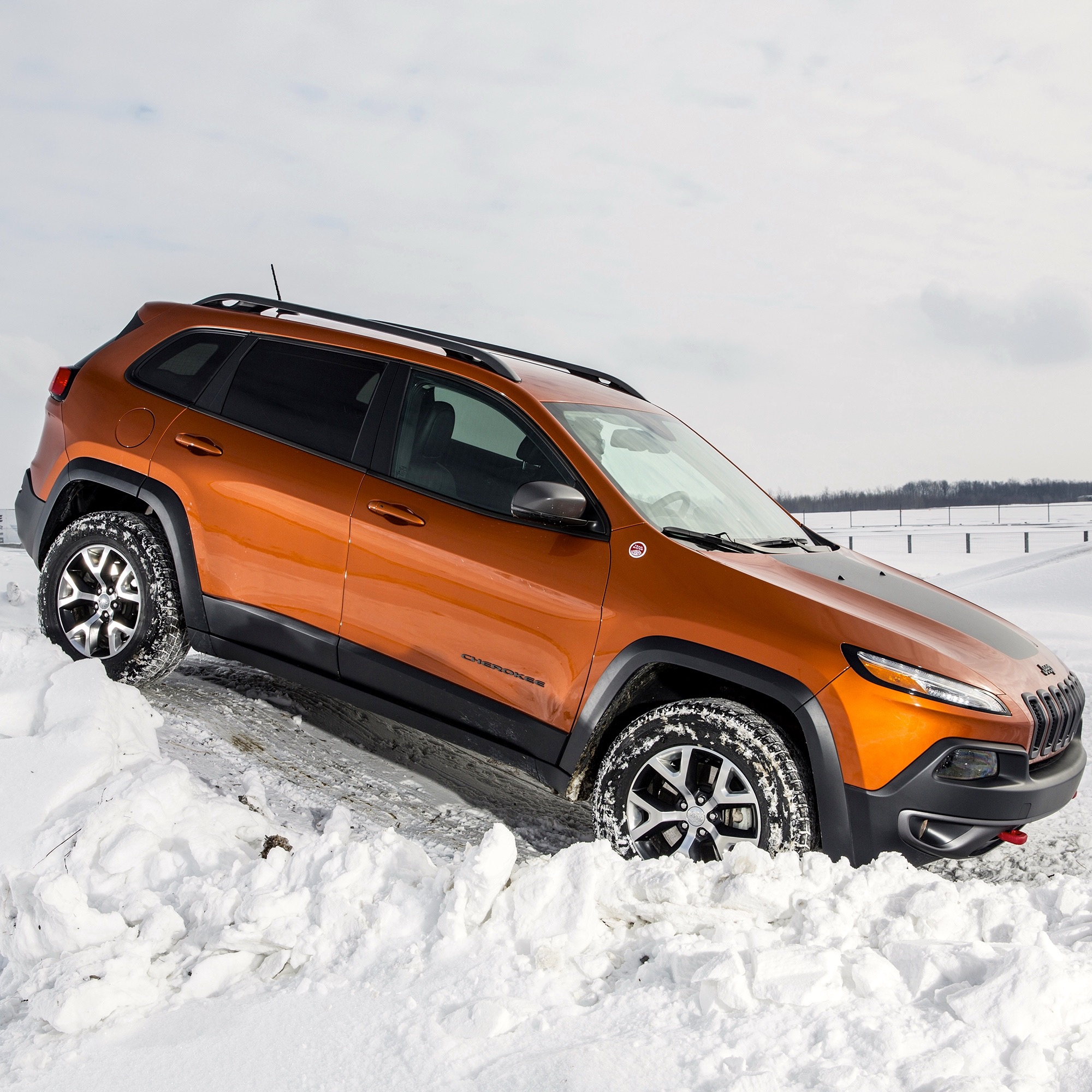 Jeep Cheroker: Off-Road In The Snow With Jeep