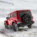 thumbs jeep off road snow 05