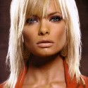 thumbs Jaime Pressly American actress