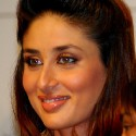 thumbs kareenakapoor39