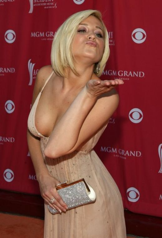 good nude tied up blondie in miss pussy