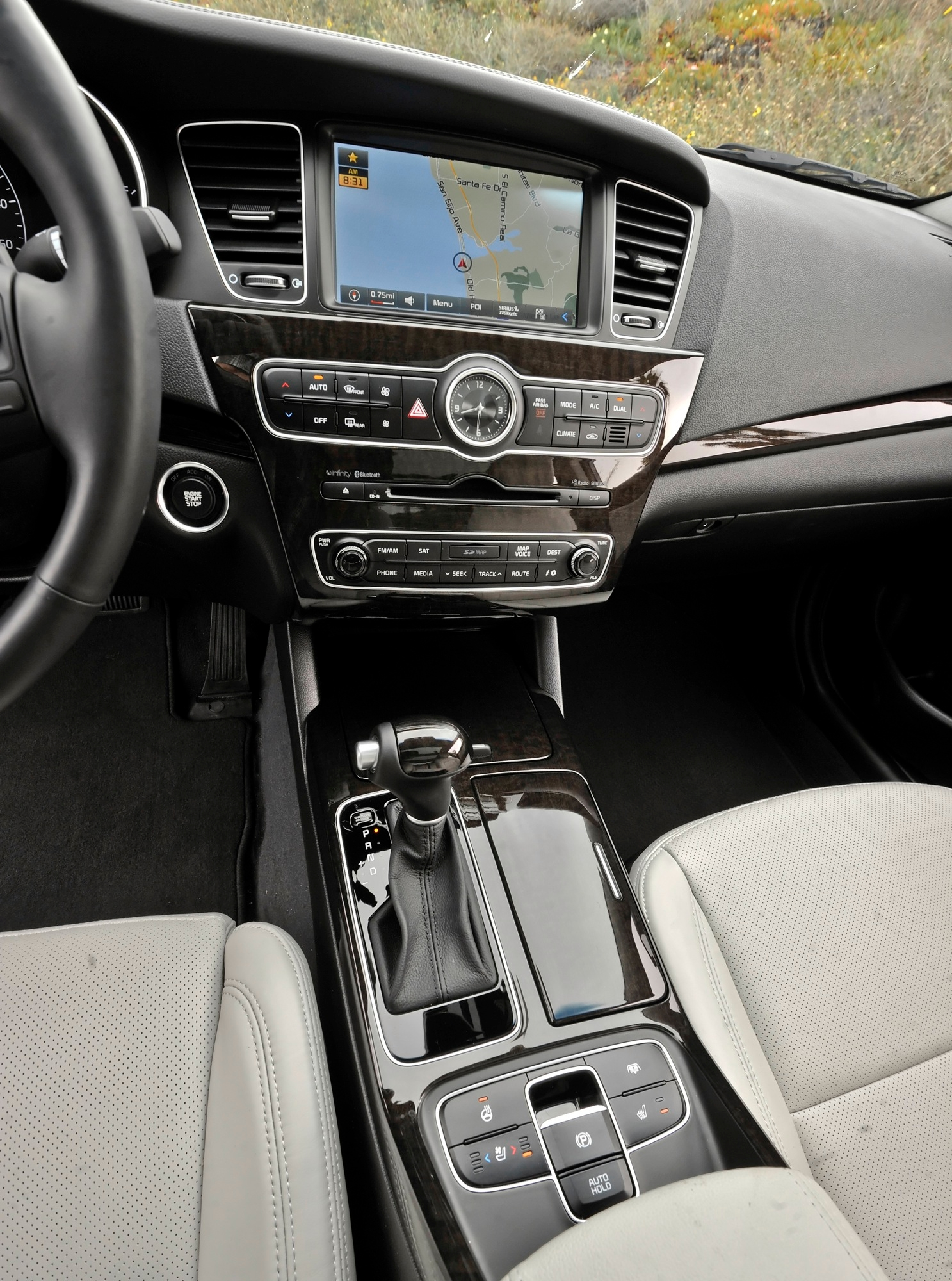2014 Kia Cadenza Review