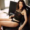 thumbs lucy lawless 28