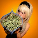 thumbs ganja girls 11