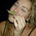 thumbs ganja girls 33