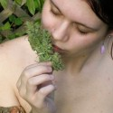 thumbs ganja girls 34