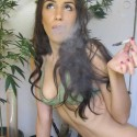 thumbs weed girls 39