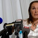 thumbs martina hingis 24