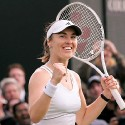 thumbs martina hingis 33