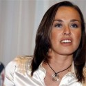 thumbs martina hingis 4