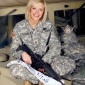 thumbs military girls2