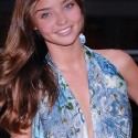 thumbs miranda kerr 105