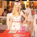thumbs nurse waitress at the heart attack grill1