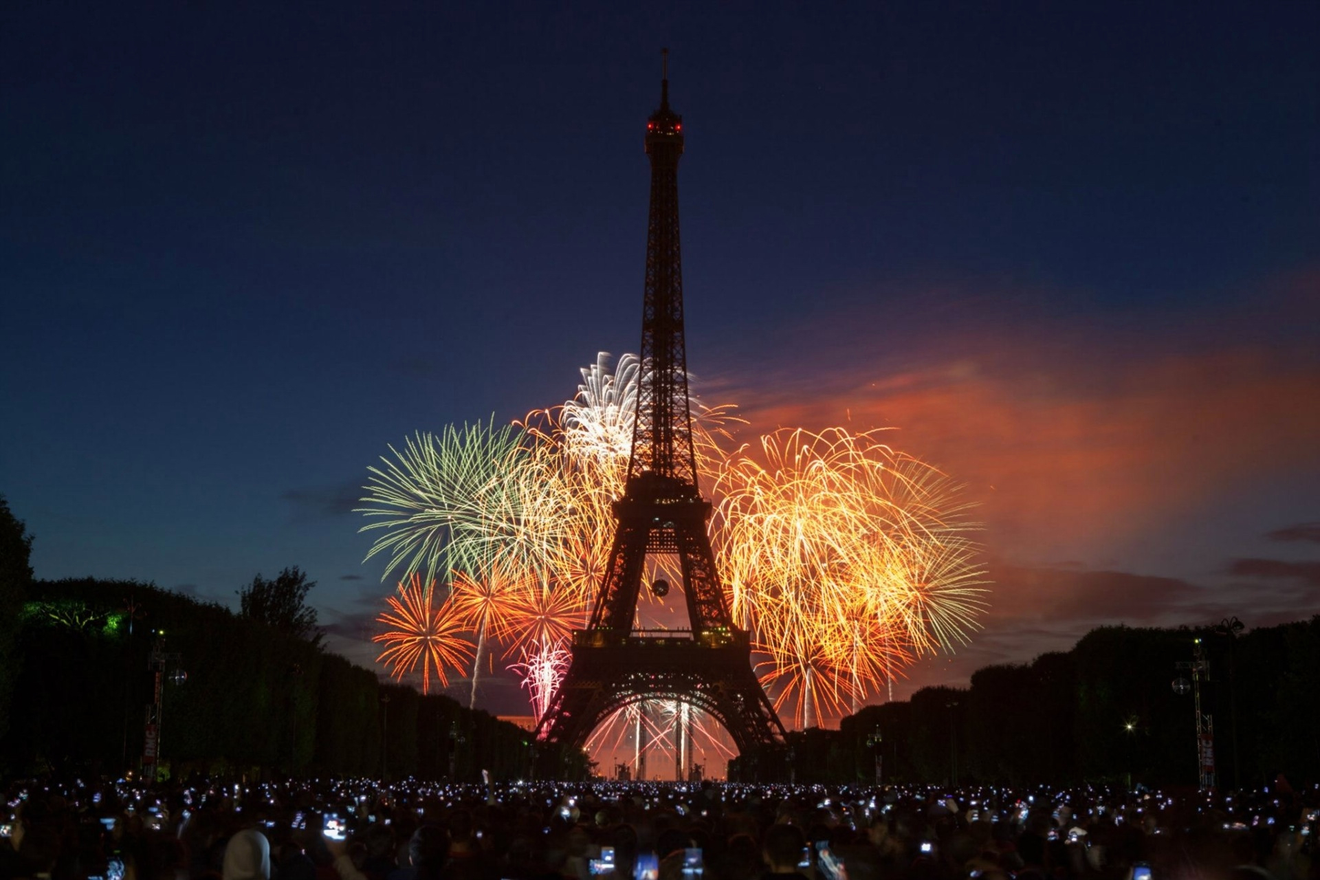 ring in the new year around the world