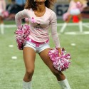 thumbs nfl pink cheerleaders breast cancer 12