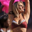 thumbs nfl cheerleaders pink cancer 13