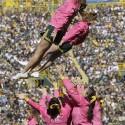 thumbs nfl cheerleaders pink cancer 23