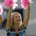 thumbs nfl cheerleaders pink cancer 29