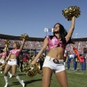 thumbs nfl cheerleaders pink cancer 55