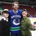 thumbs nhl salute military veterans day 15