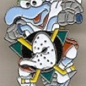 thumbs nhl muppet pin1
