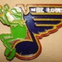 thumbs nhl muppet pin21