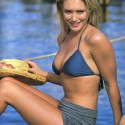 thumbs nicky whelan 33