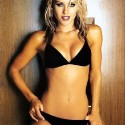thumbs nicky whelan 37
