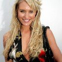 thumbs nicky whelan 56