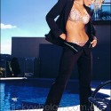 thumbs nicky whelan 8