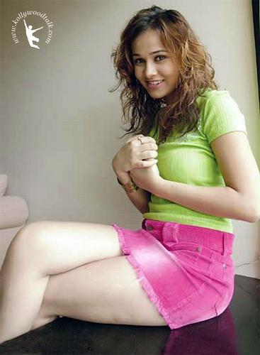 Nisha Kothari  Bollywood Babe 28-8326