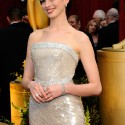 thumbs anne hathaway